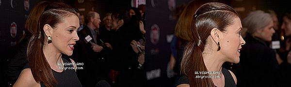 . 21 FEVRIER 2013 : Alyssa s'est rendue à une soirée Vanity Fair à Los Angeles.Robe par Gucci, chaussures de Jimmy Choo, maquillage a été fait par collier strong, cheveux par Gio Campora, bracelet et boucles d'oreilles par Joan Hornig et bague par Jewelry. Pour moi c'est un FLOP, je n'aime pas la robe, ni sa coiffure...  .