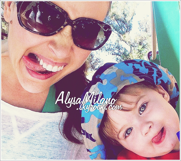 . Alyssa a postée une nouvelle photo d'elle et de Milo : « Funny Faces ! ».ommmmmmgggg, ils sont tellment beaux tout les deux! Les yeux de Milo, c'est une vrai merveille ! *-*