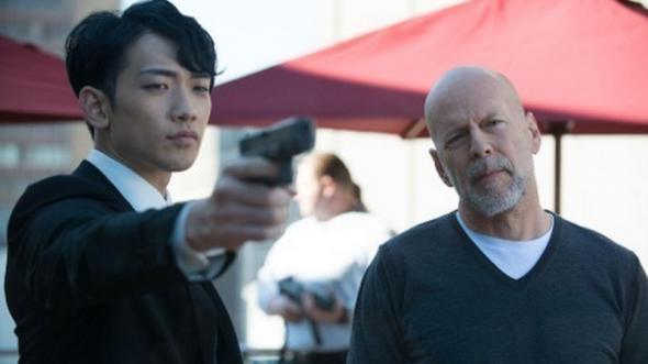 """Etats-Unis : premier trailer du film """"The Prince"""" avec Rain et Bruce Willis"""