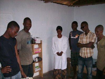Togo janvier 2011 case de santé et soins aux malades