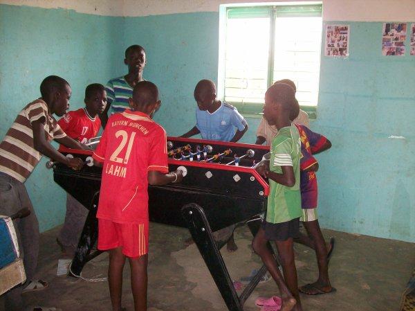 Mairie de Bonsecours et Francis L. Sénégal Saly juin 2013