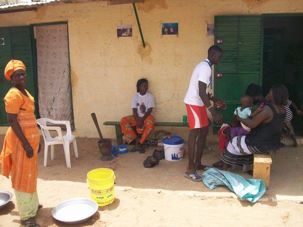 Nos enfants au centre d'accueil et remerciement Sénégal Saly juin 2013
