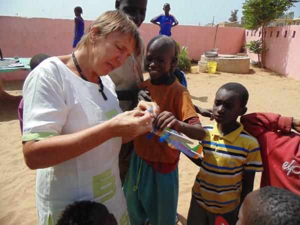Nos volontaires et remerciements Sénégal avril 2014