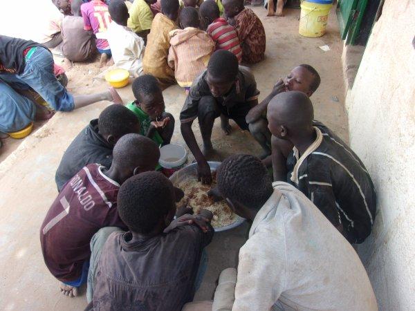 Au centre d'accueil des enfants des rues à Saly au Sénégal avril 2015