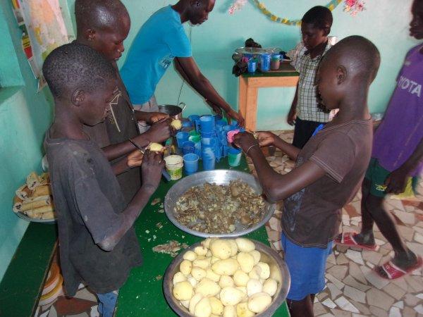 Soutien Scolaire à la maison Sénégal mai 2015