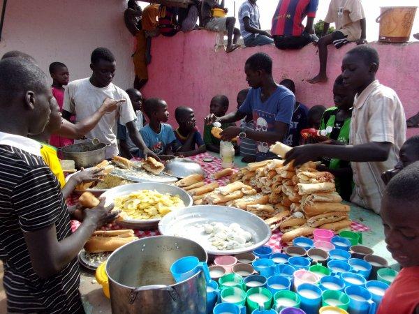 Au centre d'accueil des enfants des rues à Saly au Sénégal octobre 2015
