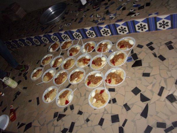 Remerciement à Mass Cool pour les gâteaux au centre d'accueil et les repas dans les Daraas octobre 2015
