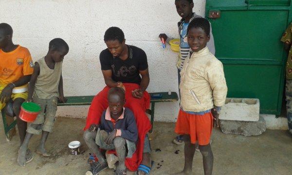 Au centre d'accueil des enfants des rues à Saly au Sénégal janvier 2016