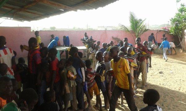 Tournoi de foot et remerciements Sénégal février 2016