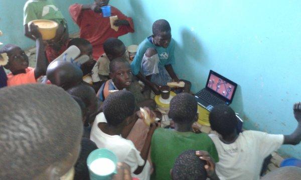 Centre d'accueil des enfants des rues à Saly au Sénégal et remerciements octobre 2016
