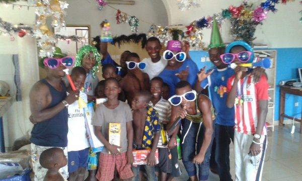 Noël au Togo avec nos orphelins de Gati décembre 2016