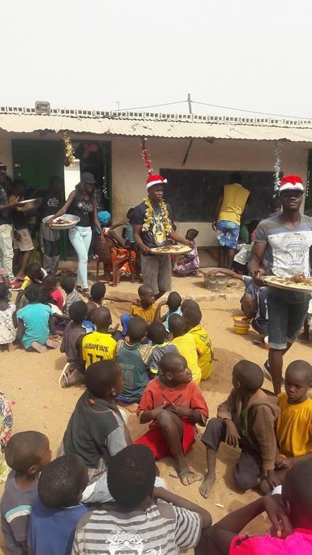 Noël au Sénégal au centre d'accueil des enfants des rues de Saly décembre 2016