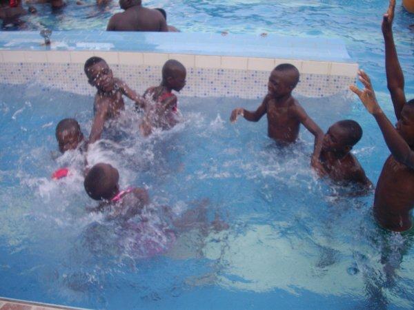 Sortie avec les orphelins et les enfants de Gati Togo mars 2017
