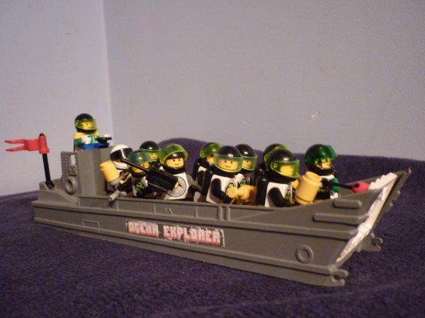 Barque de débarquement. 1ère division Légo.
