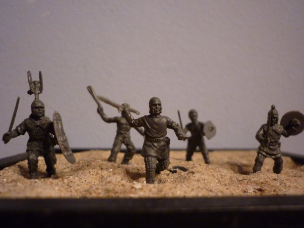 Guerriers Celtes (Caesar  Miniatures). Echelle 1/72