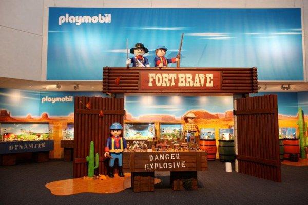 Exclusivité ! Le retour du Western Playmobil !!! :)