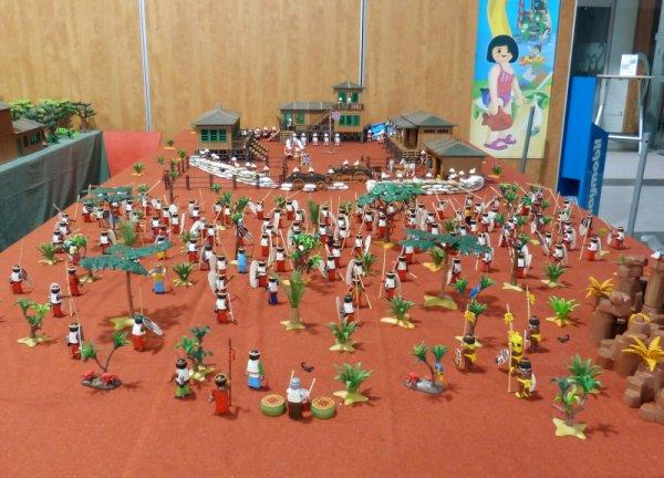 Expo Seneffe. Diorama Anglais contre Massaïs. (Lionnel et Fabrice)