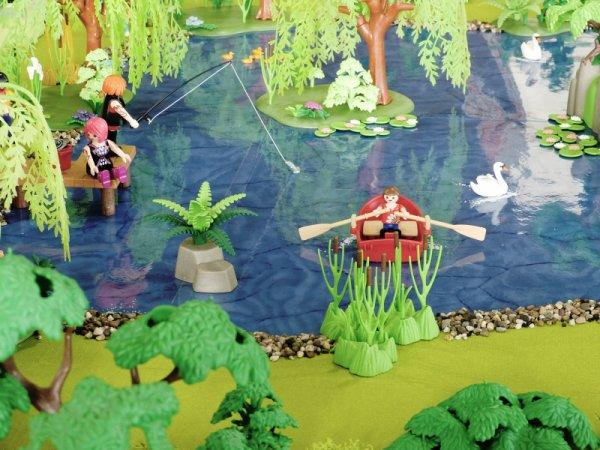 Expo Seneffe. Diorama : le camp de jeunesse (Danièle et Roger)