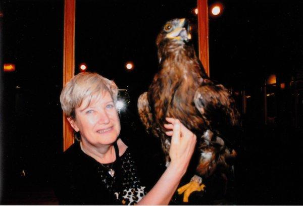 moi avec un aigle en vacance a ténèrife