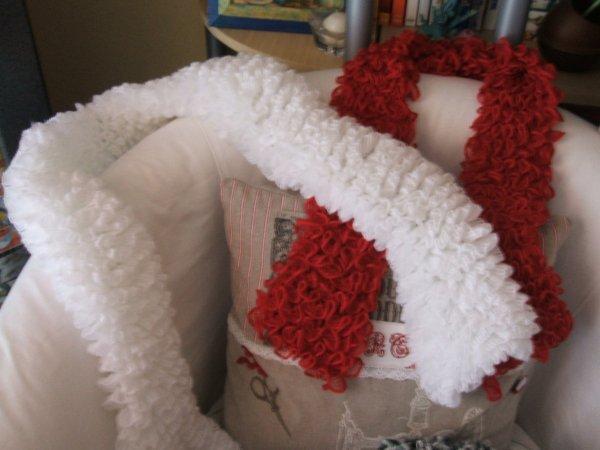 des écharpes tricotées ces derniers temps