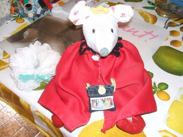 une souris dans son sac de couchage...