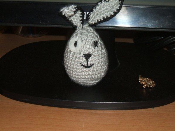 un autre petit lapin-oeuf