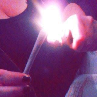 Fume , Fume avant k'la vie t'fuume !!!! :)