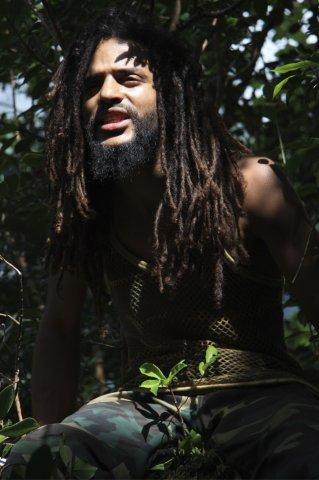 Interview par Simba, Reggae Vibes Magazine #15 .
