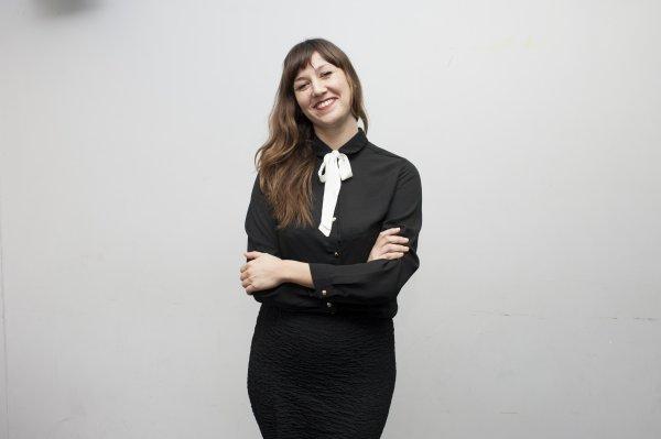 (Famille Martinez) Violaine Dumoulin dans le rôle de Anna Martinez