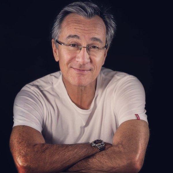 (Famille Martin) Laurent Petitguillaume dans le rôle de Léo Martin