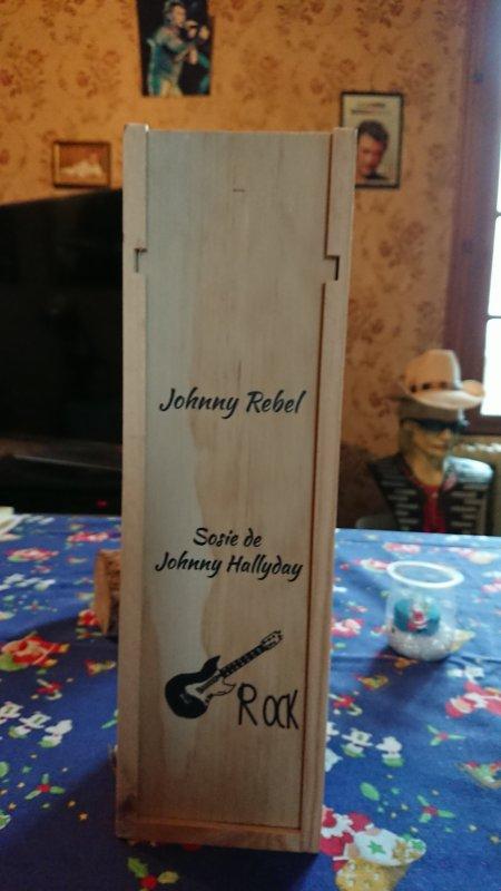 cadeau de Noël offert par mon fils bonne semaine a tous