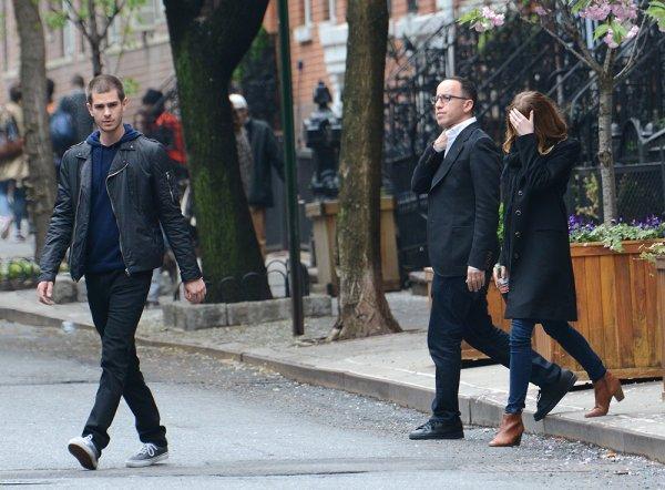 08/05 : Emma a été aperçue malgré elle à NYC avec Andrew.