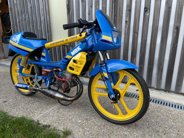 MR1 bleu de France