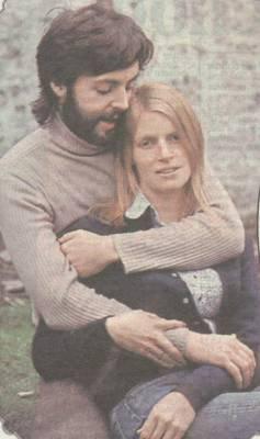 PAUL AVEC SA FEMME LINDA