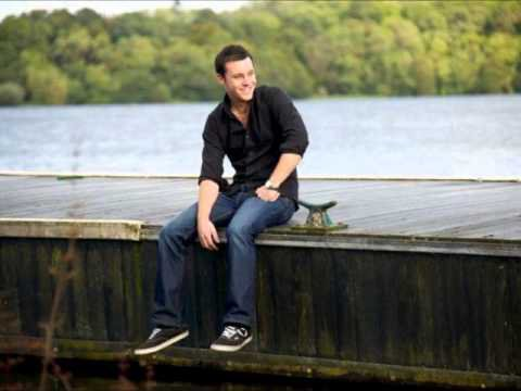 Fishing in the dark : Nathan Carter avec mon amie Valy-Valou     ....   Belle danse !