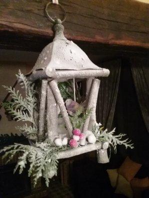 Ma couronne américaine  - Mes compositions de corbeilles de Noel - Ma lanterne suspendue