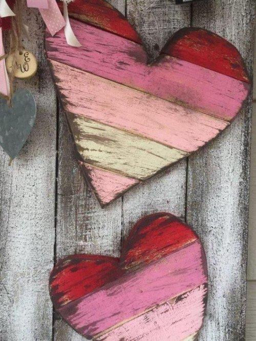 Bonne St Valentin à tous les amoureux , maris et femmes ........