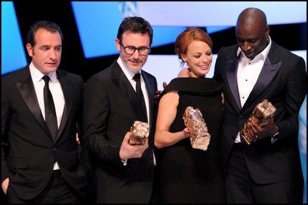 """""""The Artist"""" remporte six statuettes, mais pas celle de Meilleur Acteur... attribuée à Omar Sy, intouchable pour cette 37e soirée du cinéma"""