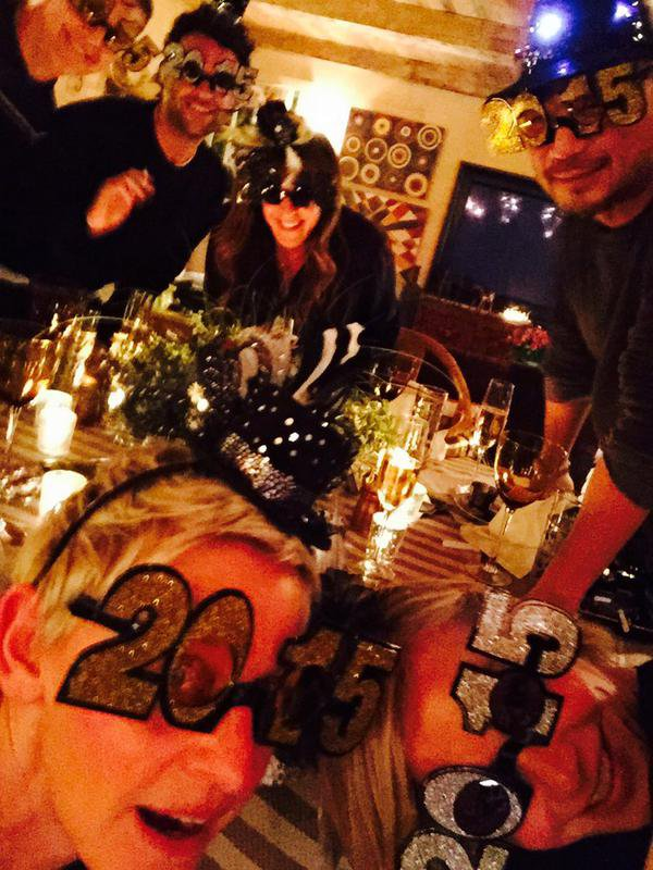 """.....""""ELLEN ET PORTIA"""" VOUS SOUHAITE UNE TRES BONNE ANNEE 2015 AVEC DE TRES BELLE LUNETTES !!!!!!"""