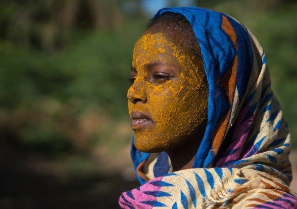 Afar tribe teenage girl