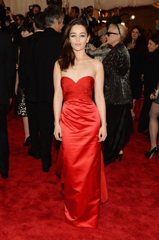 05/05/13: Emilia était au Costume Institute Gala au Met à NY.