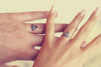 Les tatouages !