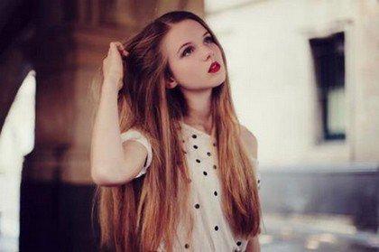 Article astuces n°9 : Comment faire pour que les cheveux poussent plus vite ?