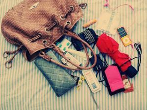 Article astuces n°11 : Que mettre dans son sac à main ?