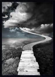 On cherche tous a se ressembler ou avoir notre propre destiné, mais nous oublions toujours le temps, car en fin de compte on ne sais jamais quand notre chemin s'arretera