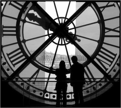 Le passé reste le passé, et le futur l'avenir du présent......