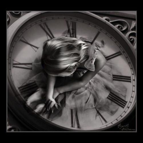 Peut importe les erreurs du passé ou l'attente du présent, je t'espère toujours à mes cotés pour le futur...