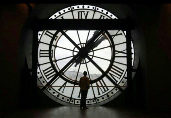 La vie est faite pour que tout tourne comme une horloge, ce sont les imprévus qui rendent la vie interessante...