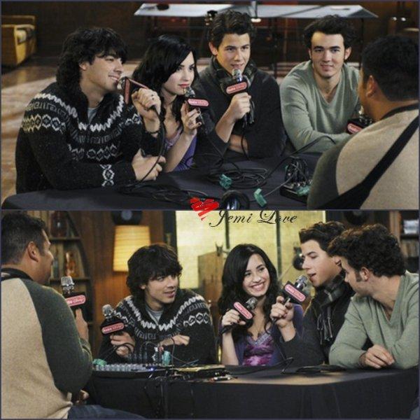 Le 2 Septembre 2010 Jemi, Nick & Kevin en interview pour Radio Disney.