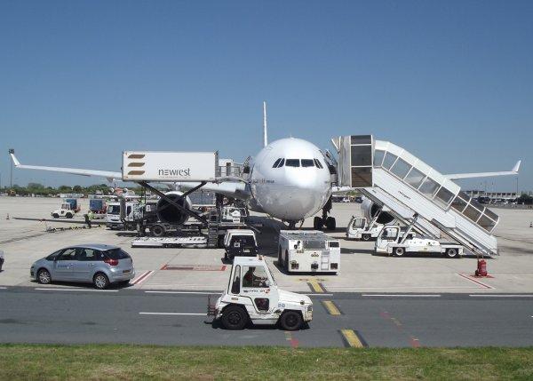 Airbus A330-343 Air Transat